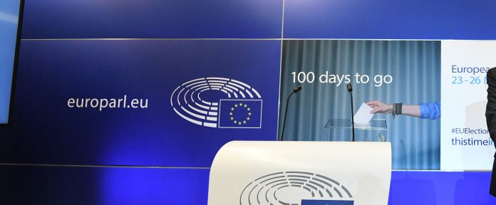 100 days before voters elect their MEPs who will choose the next Commission President, journalists are invited to two key briefings on