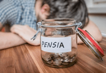 Pensia medie în România